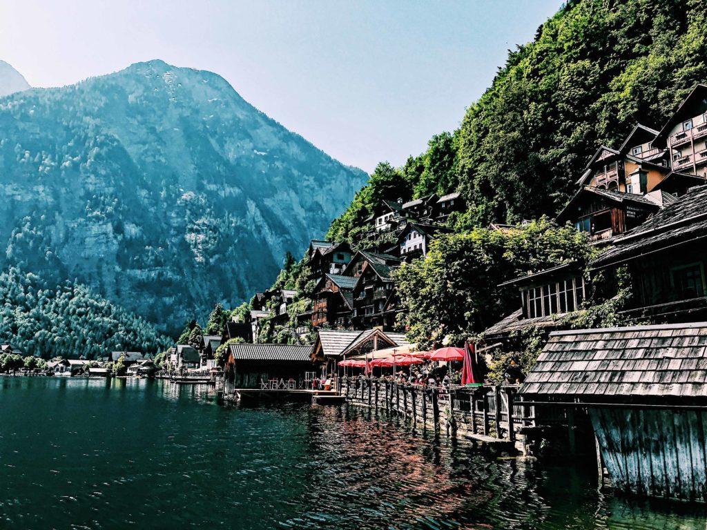 How to get from Salzburg to Hallstatt