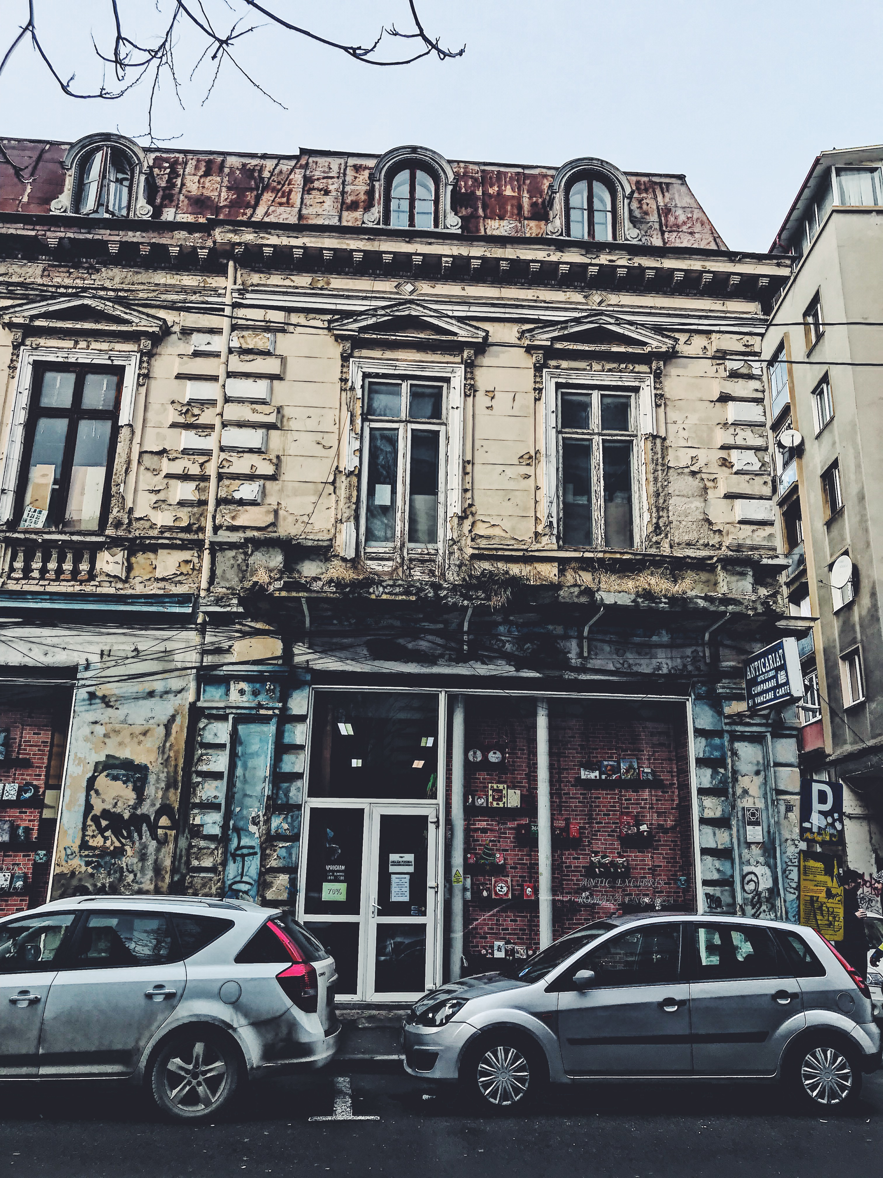 Things to do in Bucharest - Second Hand Bookstore Antic ExLibris in Bucharest, Romania