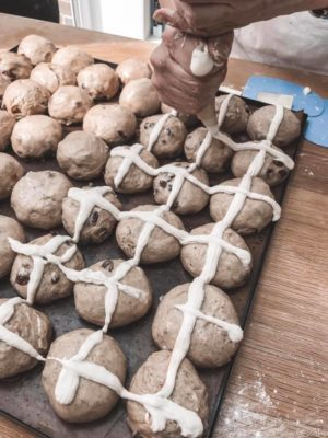 How to make bread - hot cross buns - piping