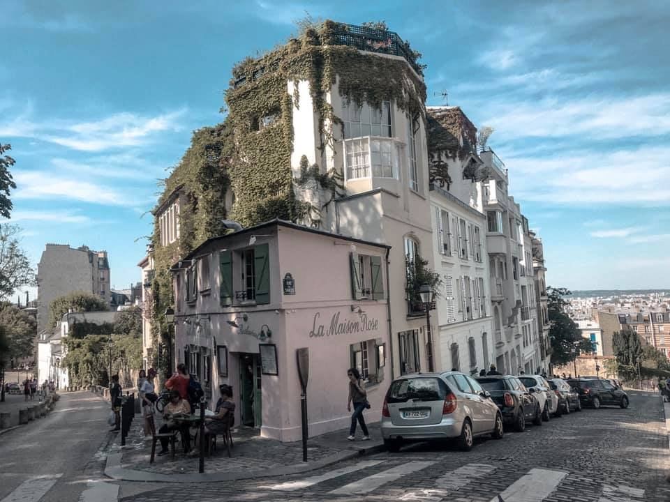 8 Things You Can't Miss in Montmartre, Paris