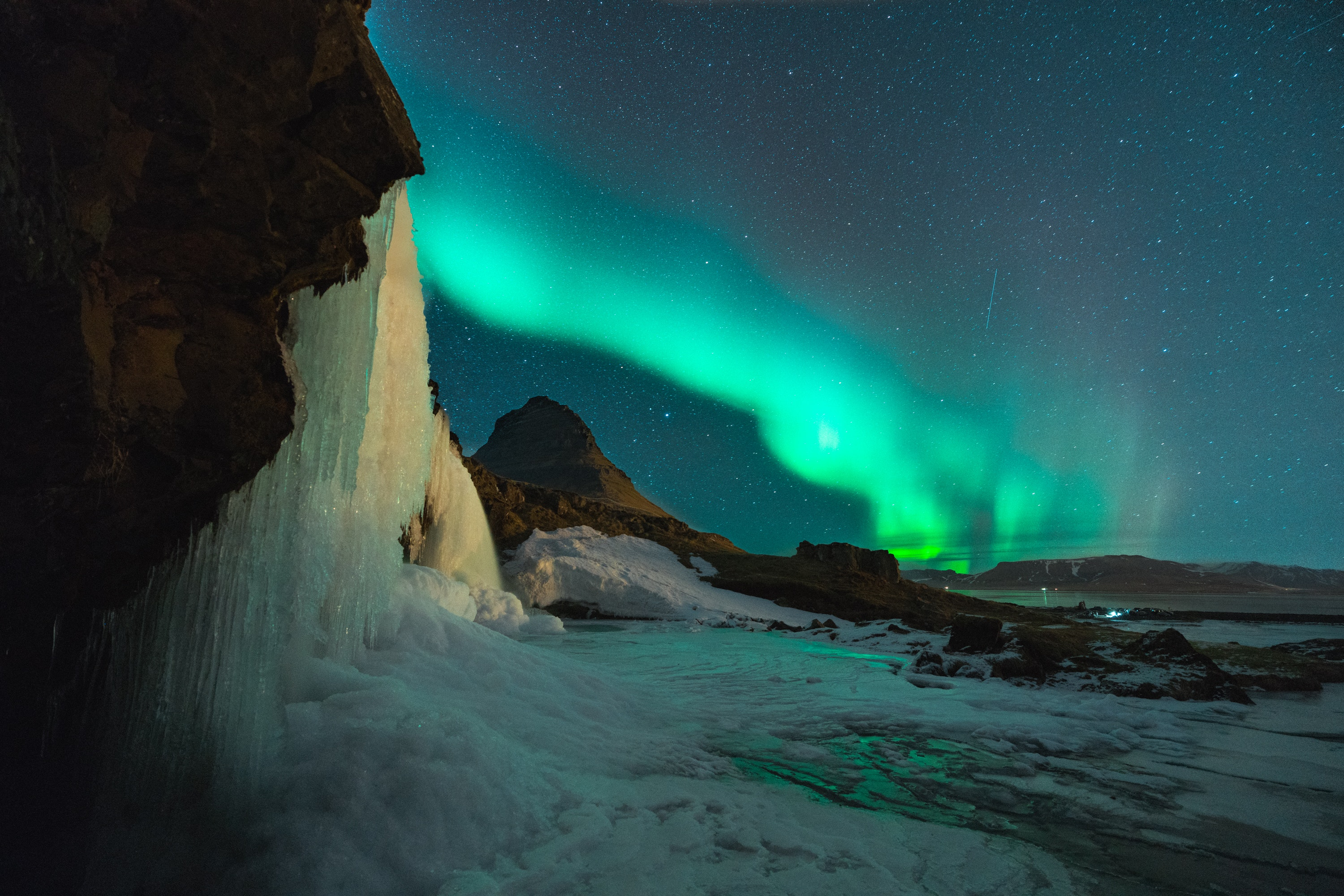 Photo of the Northern Lights in Iceland by Simon Migaj from Pexels
